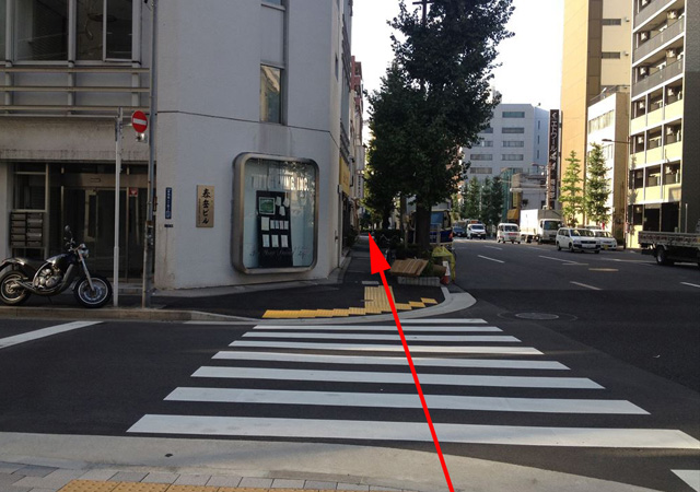 馬喰町駅・馬喰横山駅・東日本橋駅の2番出口からの経路写真